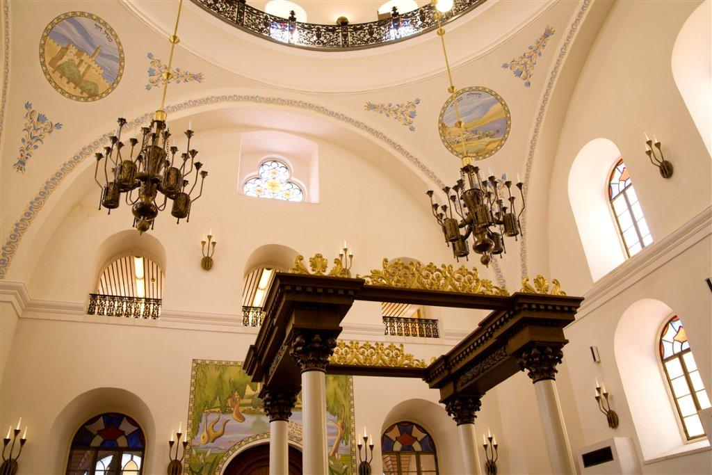 Inside the Famous Synagogue in the Jewish Quarter